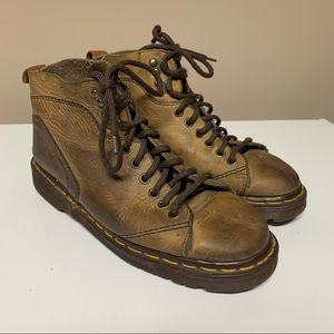 Vintage 90s Dr Martens Taupe Brown Leather Boots